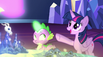 "Twilight Sparkle ""the map is really reaching out!"" S7E15"