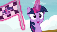 Twilight Sparkle about to start the boat race S7E22