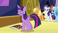 "Twilight sings ""sad if that's what you all think"" S7E14"