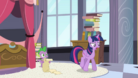 Twilight worried S4E01