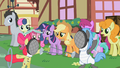 Apple Bloom fencing S2E6.png