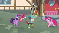 Discord as an air traffic controller S5E22