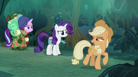 Fake AJ tells Rarity and Starlight to follow her S8E13