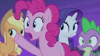 Pinkie Pie -follow that bat!- S4E07