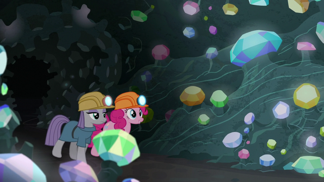 File:Pinkie and Maud enter the gem cave S7E4.png
