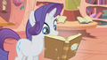 Rarity reading Slumber 101 S01E08.png