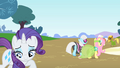 Rarity saddened 2 S1E20.png