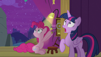 Twilight and Pinkie see something shining S8E7