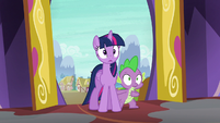 Twilight and Spike in complete shock S6E21