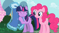 Twilight loves it S2E10