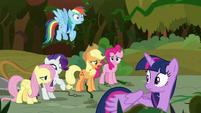 Applejack -just growin' back too fast!- S9E2