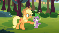 Applejack commends Spike S03E09