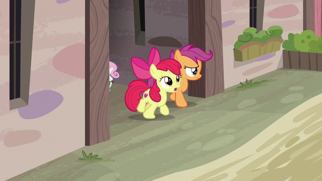 File:Cutie Mark Crusaders looking for Big McIntosh S7E8.png