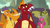 Garble and dragons look at the sky S7E25