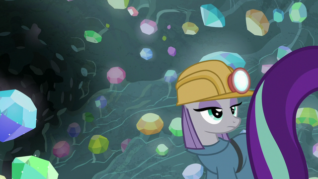 File:Maud watches Starlight Glimmer walk away S7E4.png