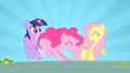 Pinkie Pie hitting Twilight S01E25.png