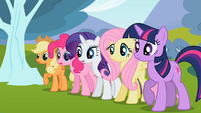 Ponies looking anxious S2E7