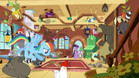 Rainbow Dash and wild animals S03E13