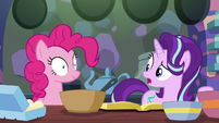 Starlight Glimmer to Pinkie --the baking-- S6E21