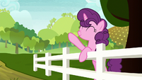 Sugar Belle waving to Big McIntosh S8E12