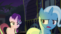 "Trixie ""so concerned about space"" S8E19"