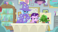 Trixie being dark and mysterious S9E20