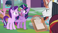 "Twilight ""can't wait to show you around"" S8E1"