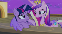 Twilight Sparkle looking at Princess Cadance S7E22