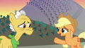 "Applejack ""let's not miss anythin' else"" S7E13.png"