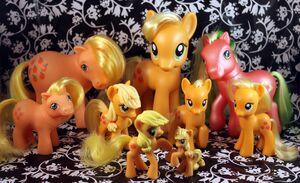 Applejack toys by pullip junk