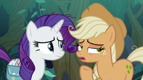 Fake Applejack thinks of yet another lie S8E13