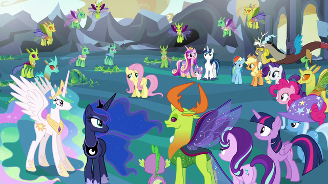 File:Fluttershy worried about hosting so many ponies S6E26.png