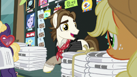 "Newspaper Pony ""it's never a good time"" S5E16"