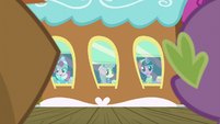 Pinkie, Fluttershy, and Twilight waving goodbye S6E17