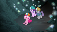 Pinkie, Maud, and Starlight trapped in the cave S7E4