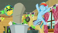 Rainbow Dash feeling victorious S8E20