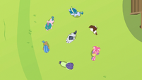 Rumble surrounded by circle of campers S7E21