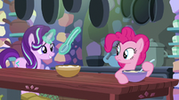 Starlight offers to bake with Pinkie Pie S6E21
