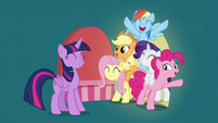 Twilight's friends appear behind unlocked door S7E2