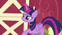 Twilight using her magic S6E10