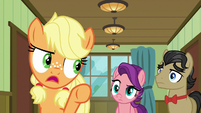 "Young Applejack ""don't lose that gurney!"" S6E23"