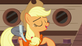 """Applejack calls her friends """"mateys"""" S6E22.png"""