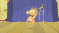 Applejack continues with her trick S1E06.png