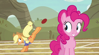 Applejack makes another shot for the basket S6E18