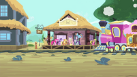 Mane 6 at the trainstation S4E11