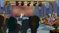 Ponyville dance theater S6E4