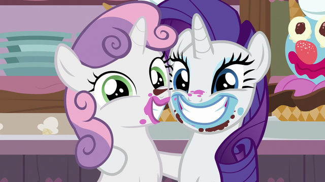 File:Rarity and Sweetie Belle smiling at the camera S7E6.png