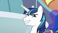 Shining Armor returns with a grin S9E4