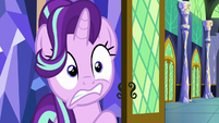 Starlight Glimmer looking panicked S7E2