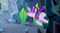 Starlight sticks tongue out at the villains S9E25